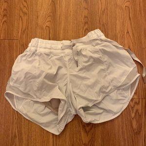 Lululemon running athletic shorts size 6 medium